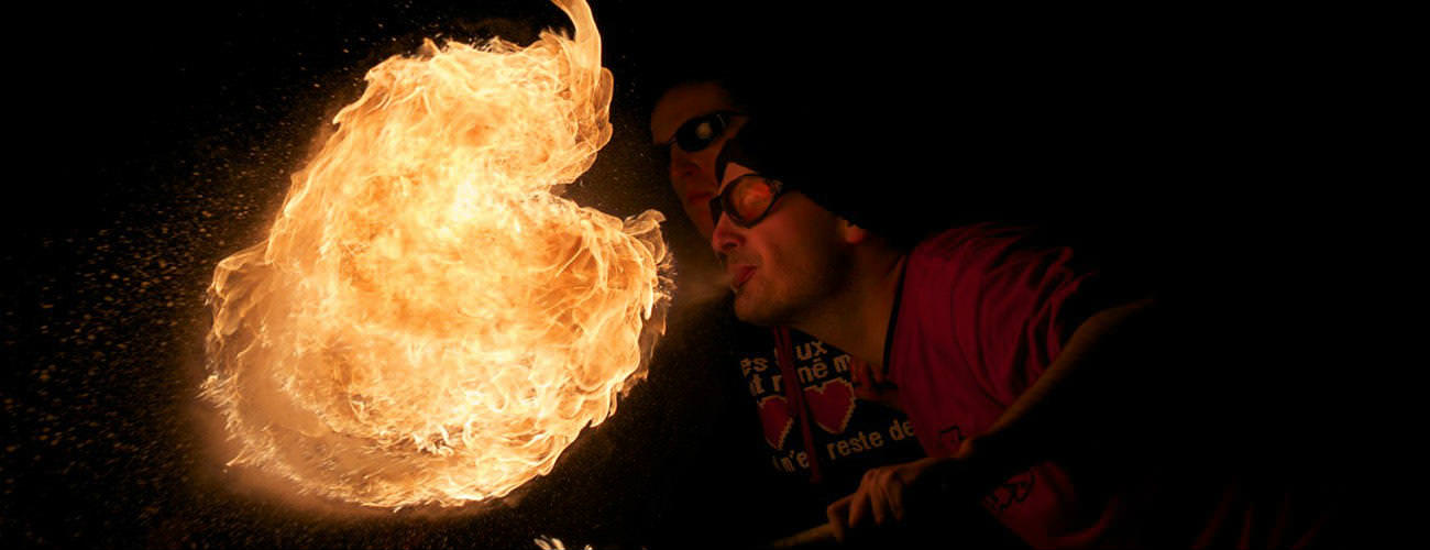 Photo Reportage urbain : cracheurs de feu